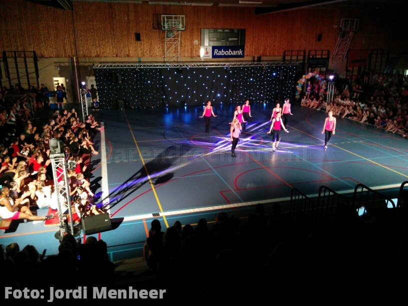 Grote gymshow door Gymnastiekvereniging Barendrecht