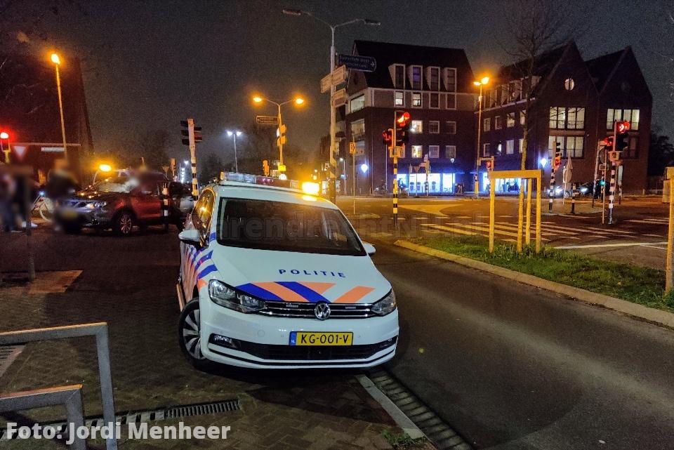 Aanrijding tussen personenauto en bestelbus op de Barendrechtseweg / Binnenlandse Baan