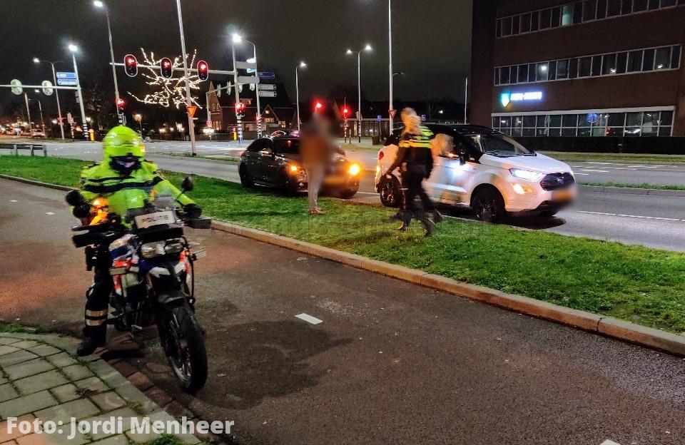 Aanrijding tussen 2 personenauto's op de kruising Barendrechtseweg / Dierensteinweg