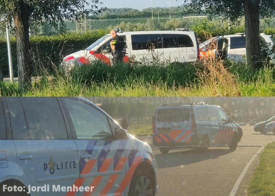 Politie bij melding van schietpartij op parkeerplaats Vrijenburgweg