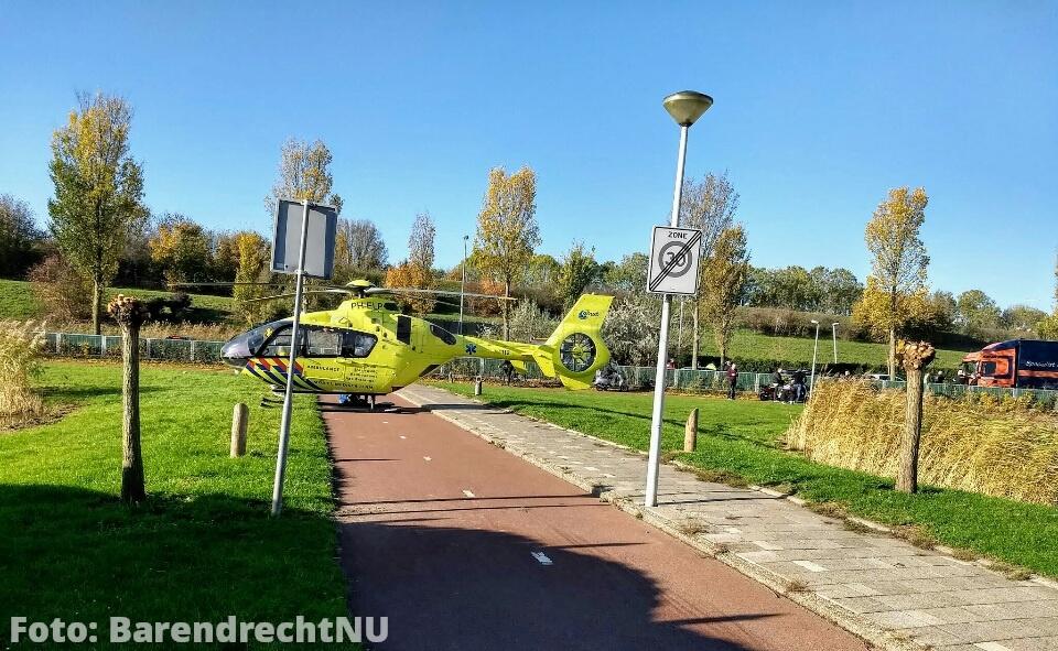 Live: Traumahelikopter geland voor ongeval op de Sweelincklaan