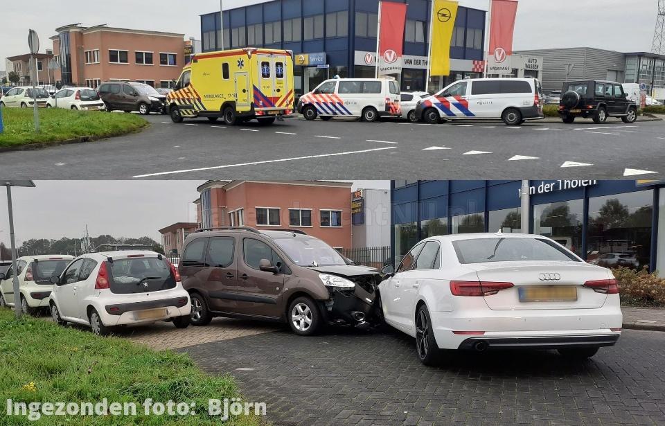Aanrijding met letsel op bedrijventerrein Bijdorp, twee personenauto's in botsing gekomen