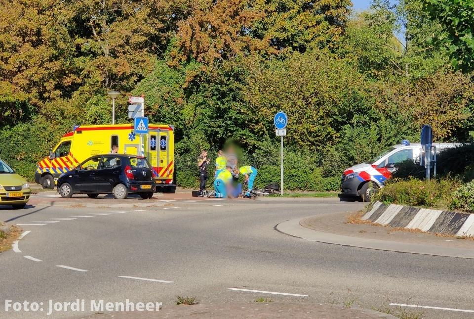 Fietser aangereden op de rotonde 2e Barendrechtseweg / Jan Gilles Oemvliet