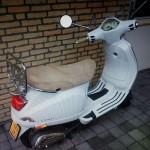 Scooter uit tuin gestolen terwijl bewoners thuis zijn aan de Piet Heinstraat in Barendrecht