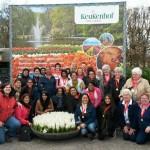 120 Barendrechtse en Rotterdamse vrouwen hollen door de bollen in Lisse
