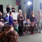 Gezellige extravaganza kledingparty door Vrienden voor Vrienden Barendrecht