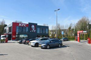 Nieuwe KFC Barendrecht geopend, DCMR onderzoekt overlast voor omwonenden