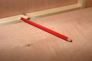 Verkiezingen, Rode potlood in stemhokje