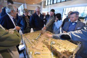 "Gemeentehuisplein in tweeën gesplitst: ""Betere verbinding tussen Binnenhof en Middenbaan"""