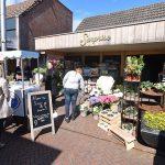 Sisters Flowers & Gifts opent nieuwe shop-in-shop bij Surprise op de Middenbaan