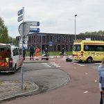 Scooterrijder gewond bij aanrijding met auto op rotonde 1e Barendrechtseweg
