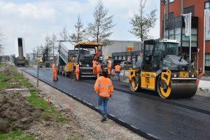 Nieuwe geasfalteerde weg voor openstelling onderdoorgang A29