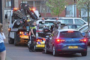 Politie neemt opnieuw voertuigen in beslag aan het Veersemeer