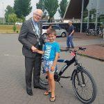 Sem van der Wilk wint fiets met Veiligheidsdag speurtocht