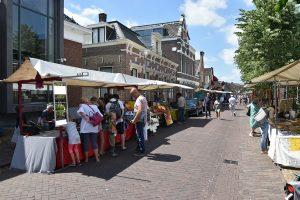 31ste Barendrechtse Kunstmarkt in de Oude Dorpskern