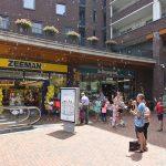 Bellenblaas actie op de Carnisse Veste bij 50-jarige Zeeman