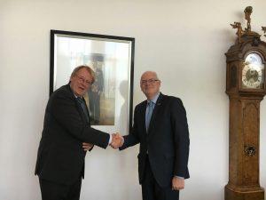 Burgemeester Van Belzen officieel herbenoemd voor derde termijn