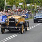 Oldtimers show tijdens Wielerronde van Barendrecht 2017