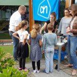 Burendag bij Distinto: Cliënten, familie en buurtgenoten eten samen poffertjes