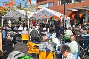 Feestelijke Burendag en lancering van buurtplatform op het Middeldijkerplein