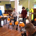 Kinderen maken Borgstede winterklaar en organiseren rollator-race