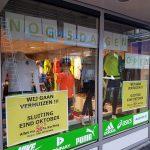Fabrikanten zitten De Vaan Sport dwars, winkel op de Middenbaan sluit binnenkort de deuren