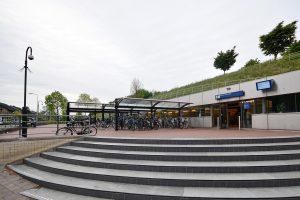 Bewaakte (overdekte) fietsenstalling op Station Barendrecht