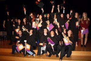 Feestelijke uitreiking IB-diploma's en tto-certficaten op Calvijn Groene Hart