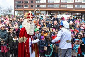 FOTO'S: Sinterklaasintocht en optocht Carnisselande