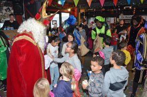 Sinterklaasparty in De Beuk door Vrienden voor Vrienden Barendrecht