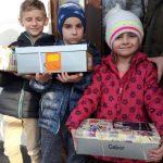 Blijde kinderogen in Polen dankzij schoenendoosactie 2017 in Barendrecht