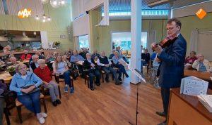 Appeltaartenconcert voor bewoners Borgstede op TV bij 'Hallo Nederland'