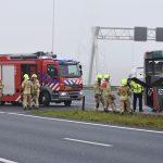Bus lekt olie op wegdek Vaanplein, brandweer gealarmeerd vanwege rook uit motor op A15
