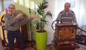 Draaiorgelmuziek voor bewoners Borgstede: Meezingen en voetjes van de vloer