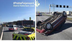 Auto op zijn kop geraakt bij aanrijding met vrachtwagen op A15