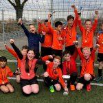 OBS De Driehoek wint schoolvoetbaltoernooi groep 5/6 bij VV Smitshoek