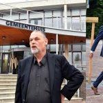 Kandidaat wethouders verzamelen zich in het gemeentehuis, coalitieakkoord gepresenteerd aan burgemeester