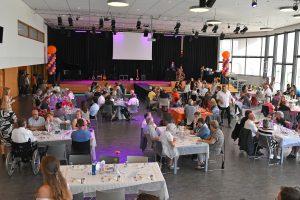 3 sept: Feestelijke jubileumavond tien jaar Present Barendrecht (Bewerking archieffoto)