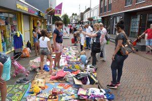 Woensdag 22 augustus: Kindervrijmarkt op de Middenbaan