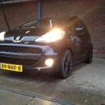 Auto weggeduwd en gestolen aan de Evertsenstraat in Barendrecht