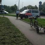 Aanrijding fietser en auto op de Sweelincklaan in Barendrecht