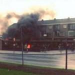 Oude filmpjes van Barendrecht met de brandweer in 1967 (Aangestoken autobanden brand op 't Vlak, Barendrecht)
