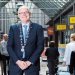 Derde termijn voor burgemeester Jan van Belzen