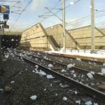 Defecte trein in spoortunnel veroorzaakt stinkend schuim en vertragingen