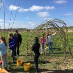 Leerlingen bouwen Hoftuin in de Vrouwenpolder