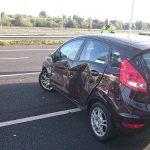 Auto in dode hoek van vrachtwagen, ongeluk op de A15
