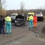 Twee auto's botsen frontaal in bocht Boerhaavelaan in Barendrecht