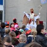 Sinterklaas swingt de pan uit bij aankomst op Het Kompas