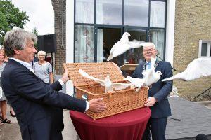 De onvermijdelijke reis: Hospice de Reiziger officieel geopend