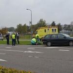 Motorrijder naar ziekenhuis na ongeluk met auto op de Kilweg in Barendrecht